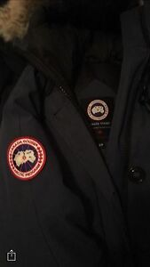 Canada goose real small like new  nego