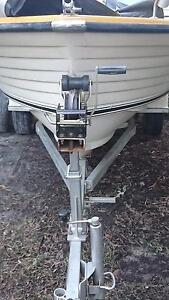 Boat trailer suits upto 17 feet comes with cruise craft runabout Dundowran Fraser Coast Preview