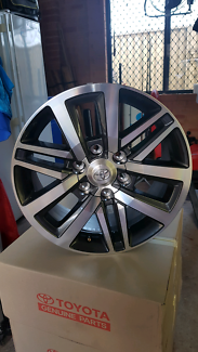 Wanted: Toyota Hilux 2017 SR5 Rims