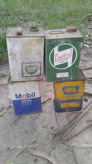 Early oil cans