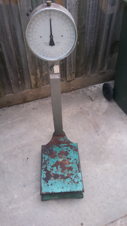 Scales old working 150 kg 330 lb