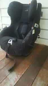 BRITAX SAFE N SOUND BABY CAR SEAT