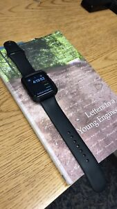 Trade Apple watch series 2 with case / with Ipad