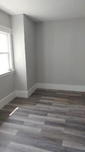 NICELY RENOVATED 2 BEDROOM APARTMENT!!