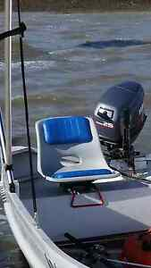 2x Clamp on boat seats Victoria Point Redland Area Preview