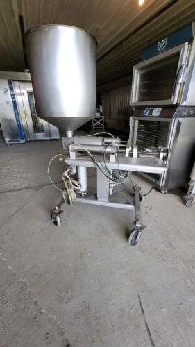 Unifiller Type Pneumatic Piston Food Depositor Product Filler Portioning Machine