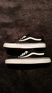 Old School Vans (Size 9)
