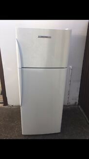 Nearly new Fisher&paykel 430 lt fridge for sale with delivery
