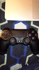 Broken PS4 control Waterford South Perth Area Preview