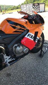Cbr 600 rr track bike