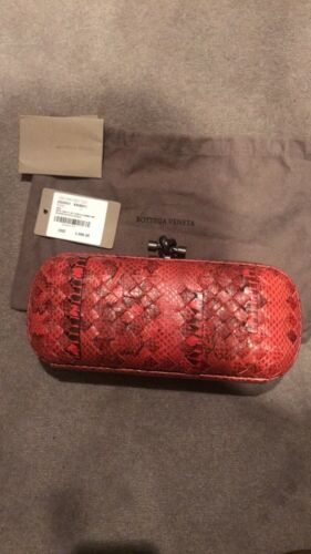 Brand New Authentic Bottega Veneta Snake Skin Bag Knot Clutch Red Black
