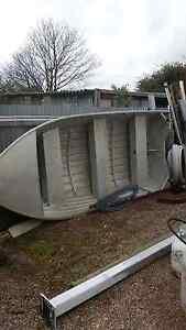 Boat / tinny Railton Kentish Area Preview