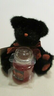 """Yankee Candle Halloween TRICK or TREAT 3.7oz Boyds BEAR BOO 8"""" new w tags"""