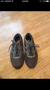 Woman's steel toe shoes!