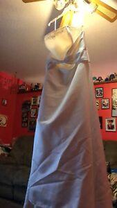 New wedding dress for sale
