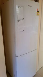 Samsung Fridge and Simpson Washing Machine  Rockingham Rockingham Area Preview