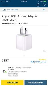 NEW OEM Apple 5W power adapter / wall charger