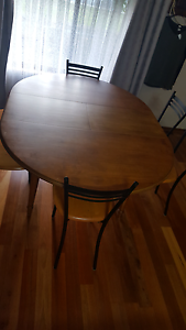Extendable dining room table. 4 - 6 seater $100 6 chairs $100 Tallygaroopna Outer Shepparton Preview