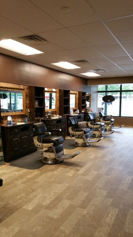 1 Belmont 225 Electric Barber Chair
