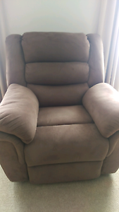 Suede 5 Seater Recliner Lounge - Sold Pending Payment Queanbeyan Queanbeyan Area Preview