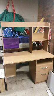 good condition desk  Rankin Park Newcastle Area Preview