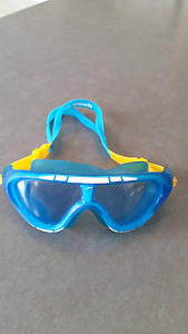Speedo mask / goggles for small child Banksia Grove Wanneroo Area Preview
