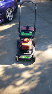Lawn mower Fairfield Fairfield Area Preview