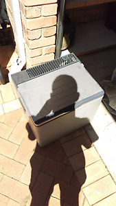 Fridge / freezer Neerabup Wanneroo Area Preview