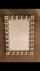 Beautiful Pearl picture frames