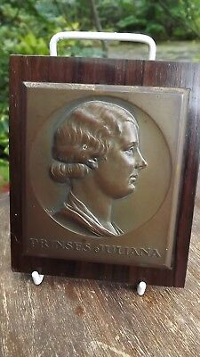 1930s Princess Juliana of the Netherlands bronze mounted plaque Great Likeness