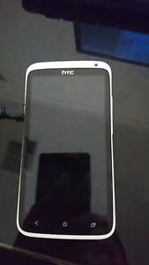 HTC one X White 32 GB - UNLOCKED Cranbourne East Casey Area Preview