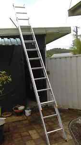 Bailey aluminum extension ladder Woy Woy Gosford Area Preview