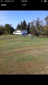 3 bedroom acreage for rent close to the river