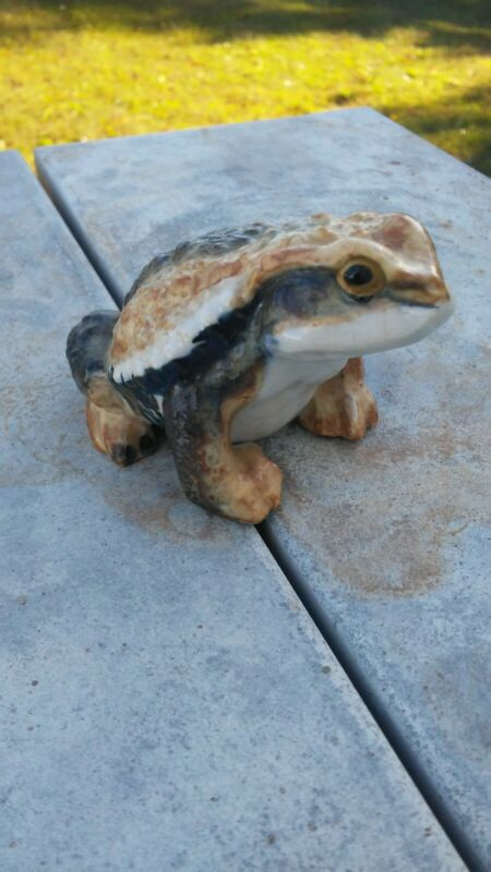Vintage Antique Ceramic Frog Toad Japanese Hirado Style Figure Hand Painted