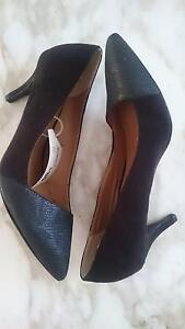 Brand new size 7 heels Broadbeach Waters Gold Coast City Preview