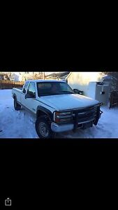 *PRICED REDUCED*1997 Chevy diesel extended cab