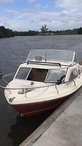 1989 CARIBBEAN CRESTCUTTER 18FT 115HP johnson Ingleburn Campbelltown Area Preview