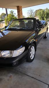 Head turning Black convertible. Warnbro Rockingham Area Preview