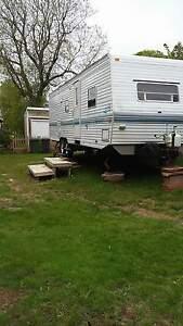 1999 Prowler 30 foot camper
