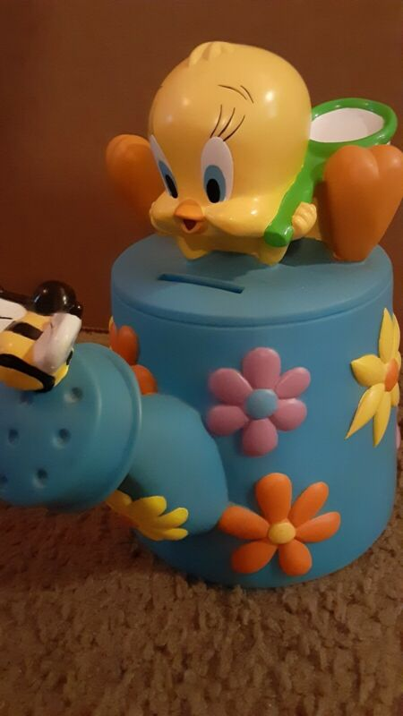 1998 Warner Brothers Tweety Flower Watering Can And Bee Coin Money Bank
