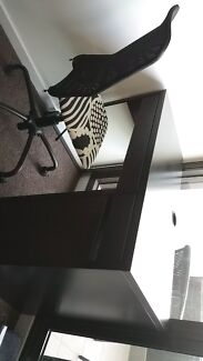 Desk and Chair Richmond Yarra Area Preview