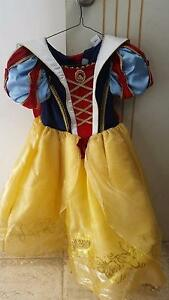Girls dress up costumes Port Kennedy Rockingham Area Preview