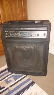 BEHRINGER Ultrabass BXL900 90w bass amp - great for jamming with! South Lake Cockburn Area Preview