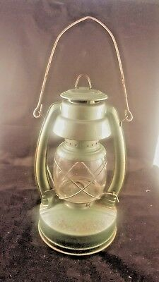 VINTAGE BARN RAILROAD CAMPING LAMP OIL GREEN ENAMEL LUX MEXICO EAGLE STAR for sale  Aylett