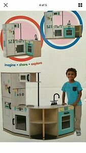 WANTED: kids Kmart kitchen in guc or better Pakenham Cardinia Area Preview