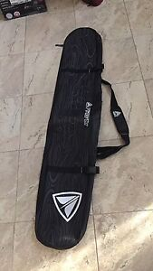 Brand new never used! Snowboard bag