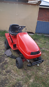RIDE ON MOWER Austins Ferry Glenorchy Area Preview