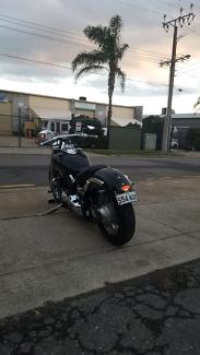 Yamaha vstar 650 (harley model)