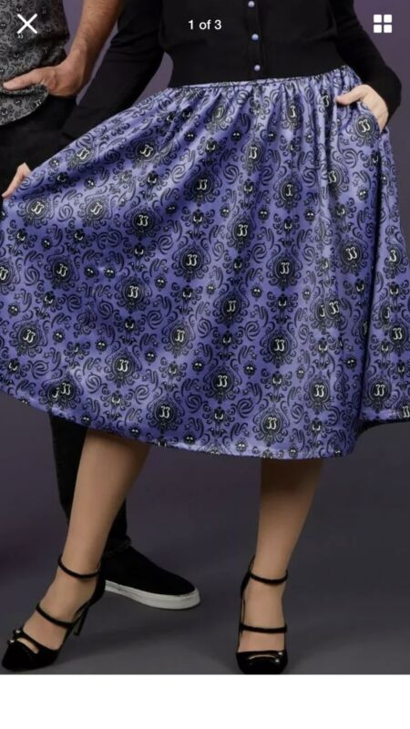 Club 33 Disneyland RARE Skirt Haunted Mansion Print Size Large New With Tags