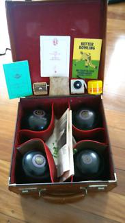 4x bocce lawnball  vintage set in box Henselite